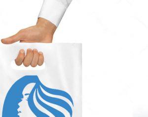 plastic tassen met ons logo erop gedrukt